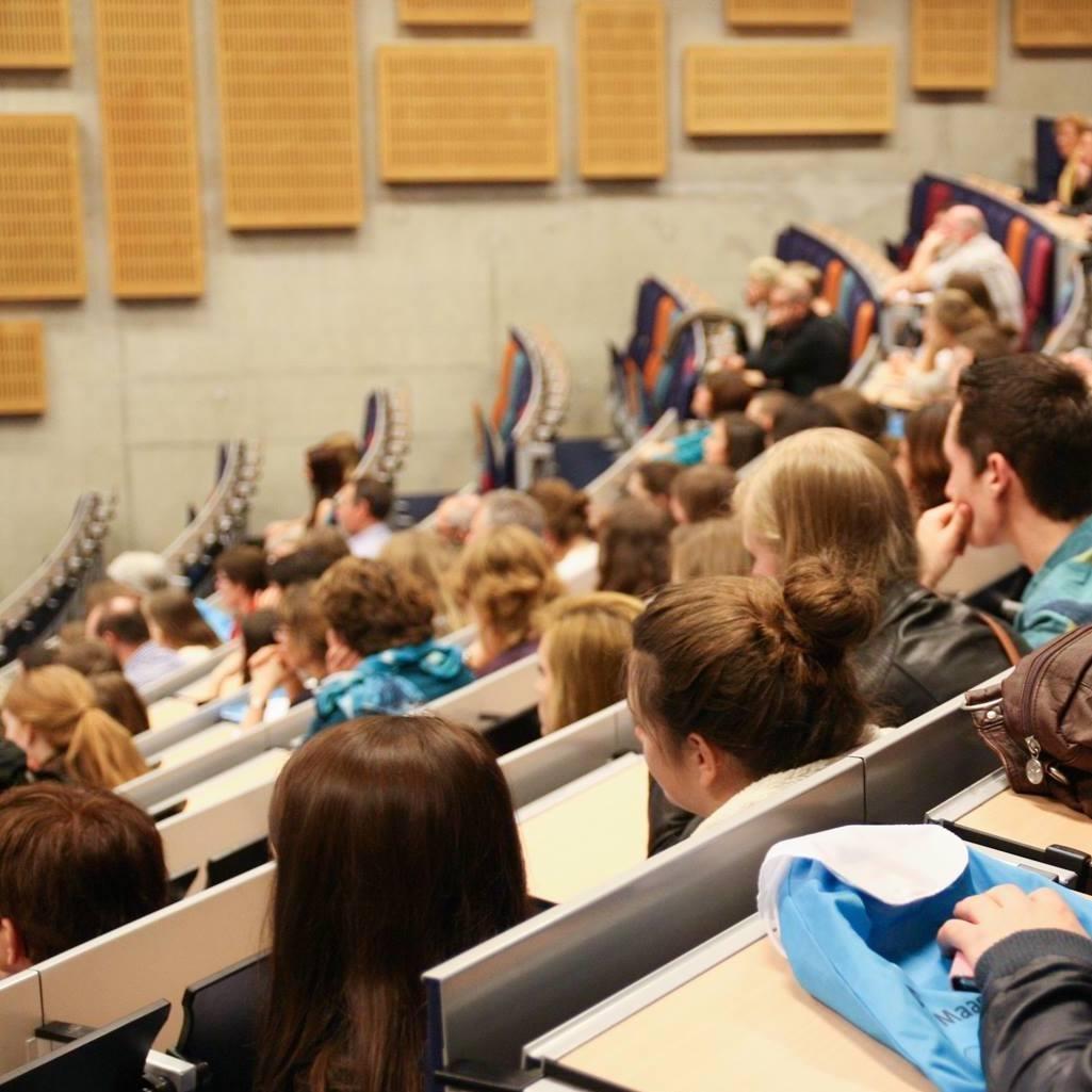 collegezaaluniversiteitmaastricht